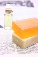 アトピー性皮膚炎、大人子供共通の安眠対策は入浴時のケアと保湿が大切