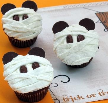 ハロウイン手作りお菓子ミッキーミイラカップケーキ